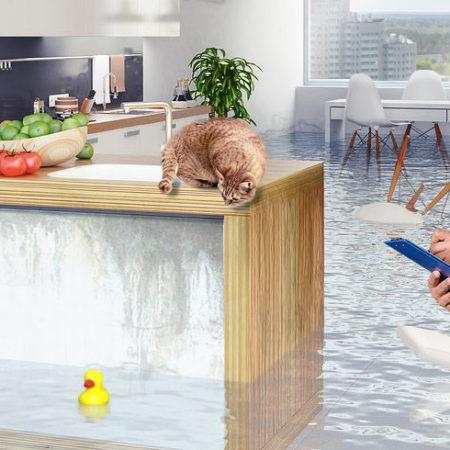 Как оценить ущерб после залива квартиры